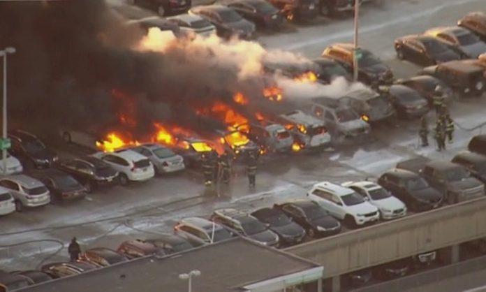 incendio-destruye-mas-de-una-docena-de-vehiculos-en-nueva-jersey