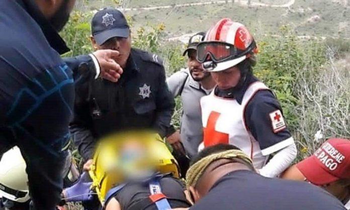 Cae joven del Cerro del Picacho tras tomarse una selfie
