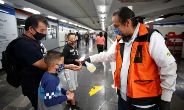¿Qué implicaría la Fase 3 del coronavirus en México?