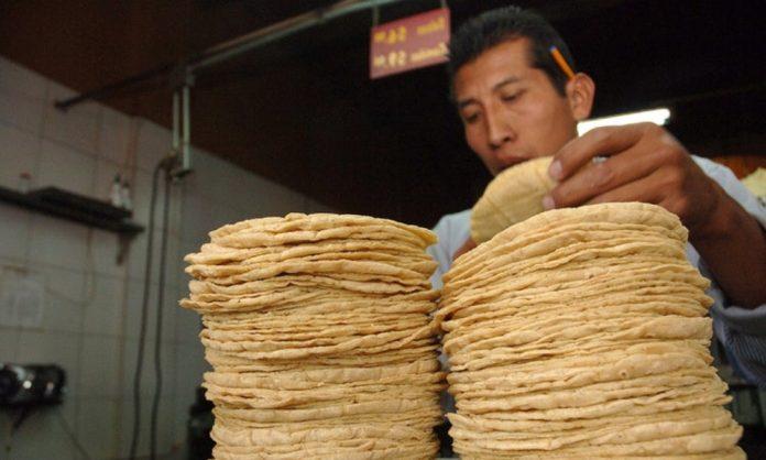 Profeco cerrará comercios que suban precios de tortilla y huevo